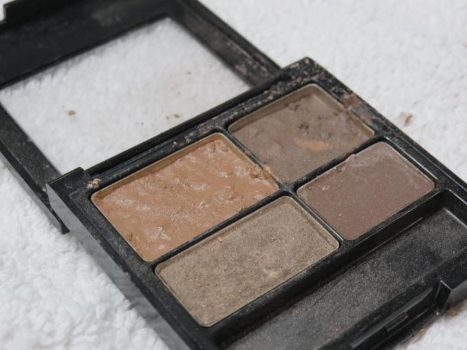 broken eyeshadow drying
